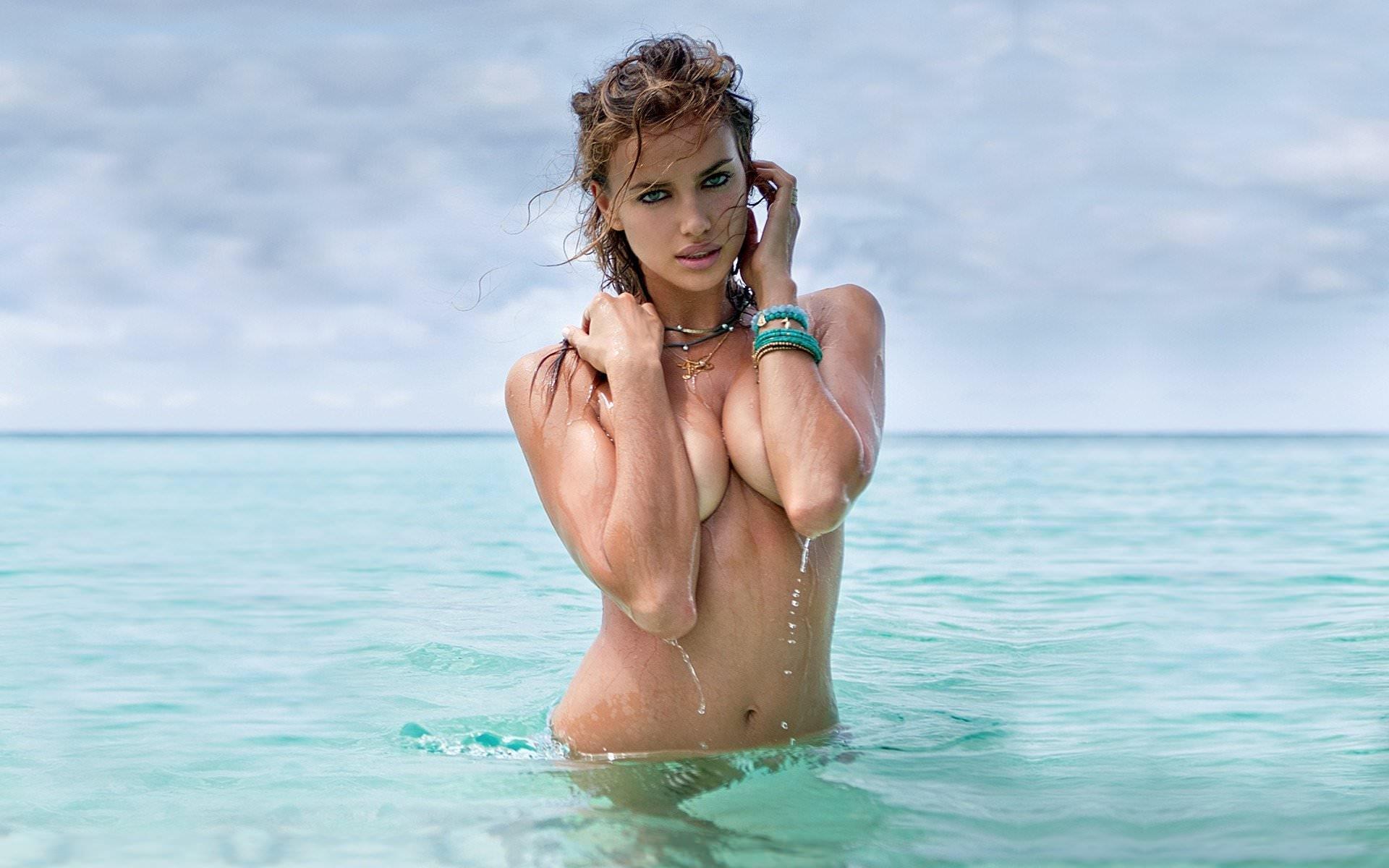 Море И Обнаженные Девушки Фото
