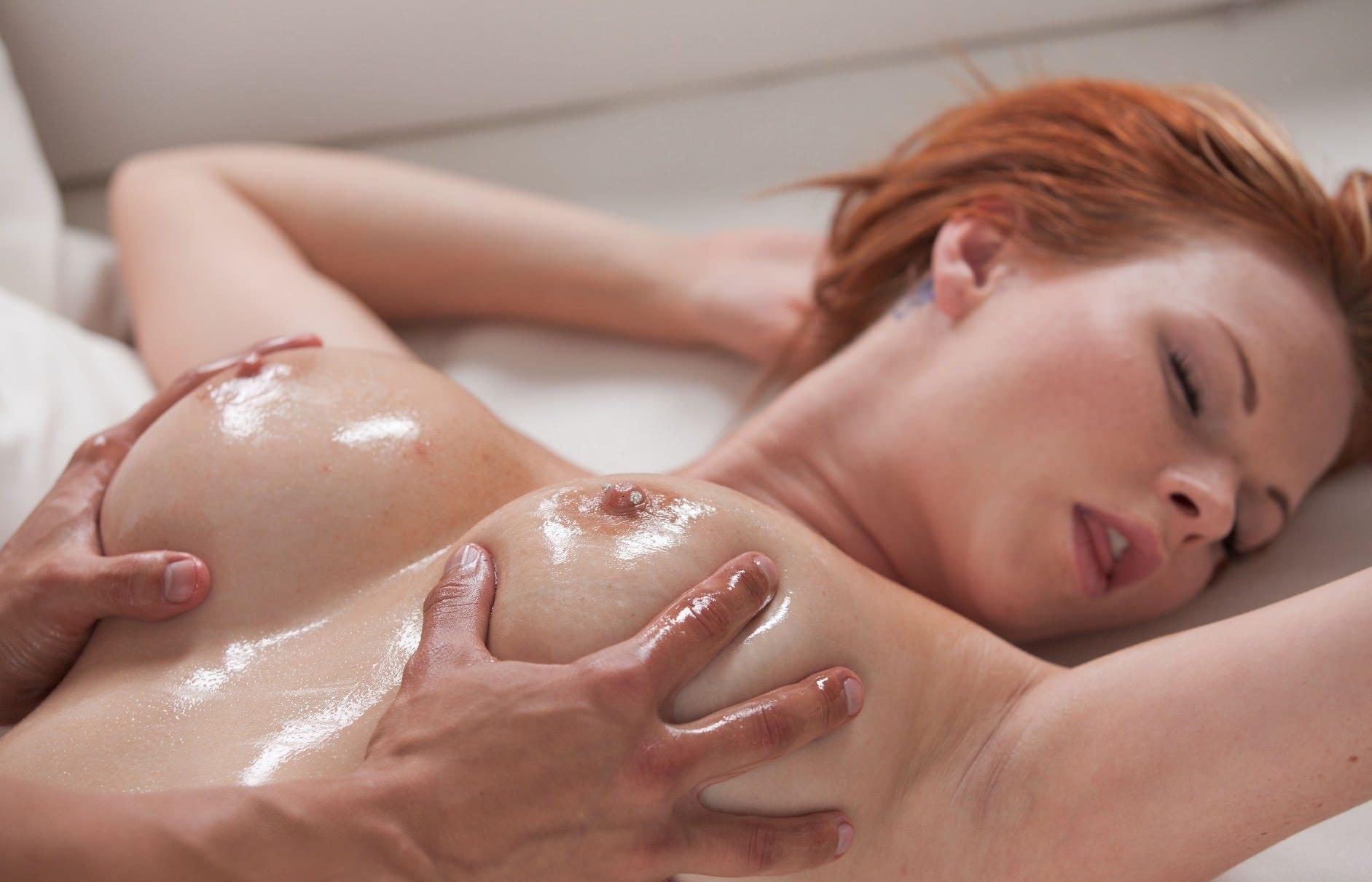 Эротический порно красивый массаж в масле 26 фотография