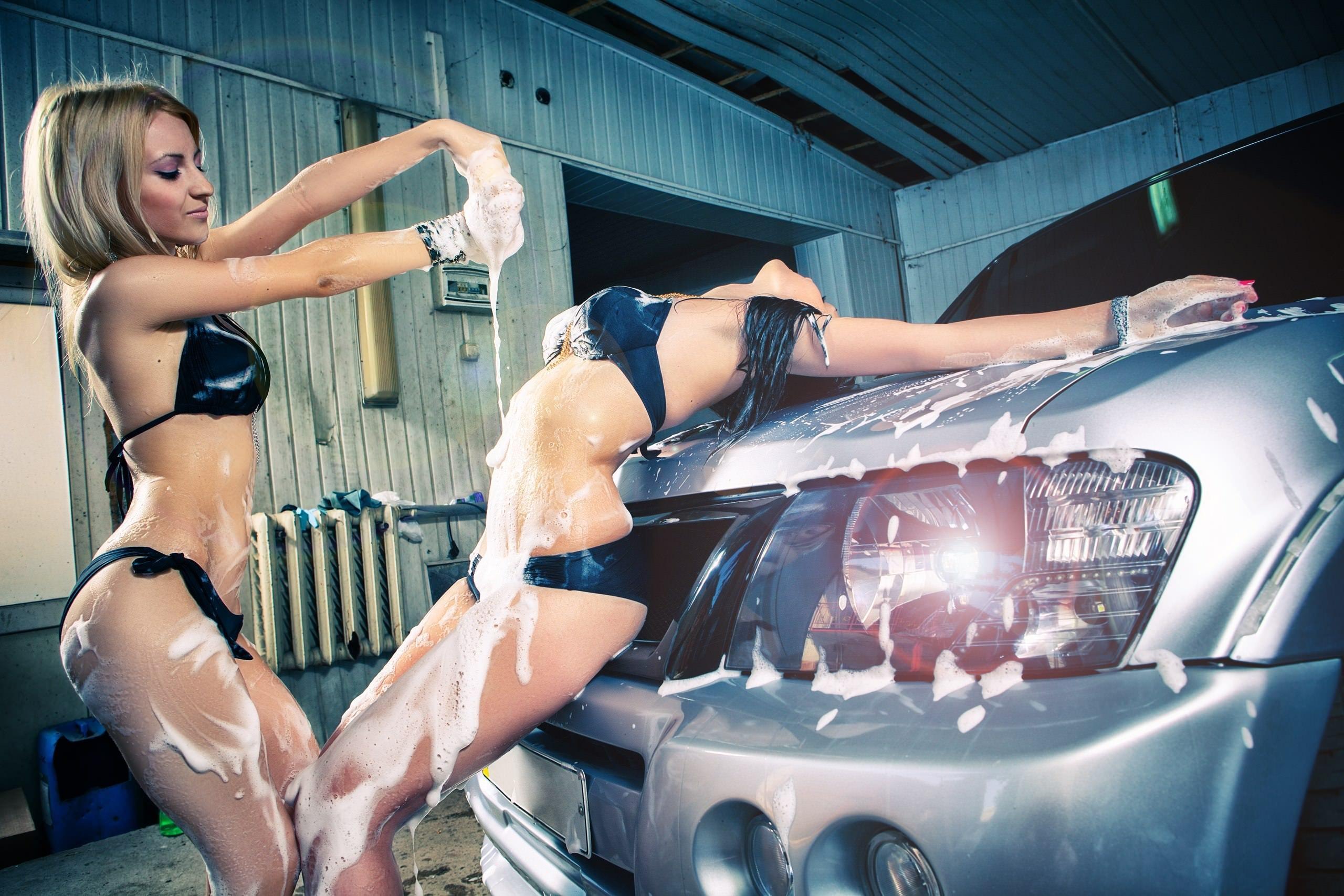 Amazingly lovely ebony chicks are into extra hot car washing № 110946 загрузить