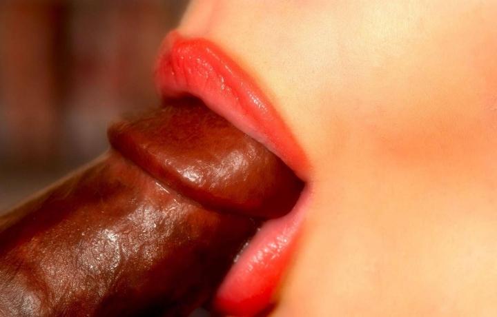порно миньет сладость женских губ