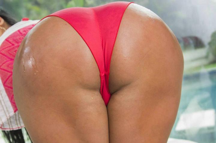фото задницы