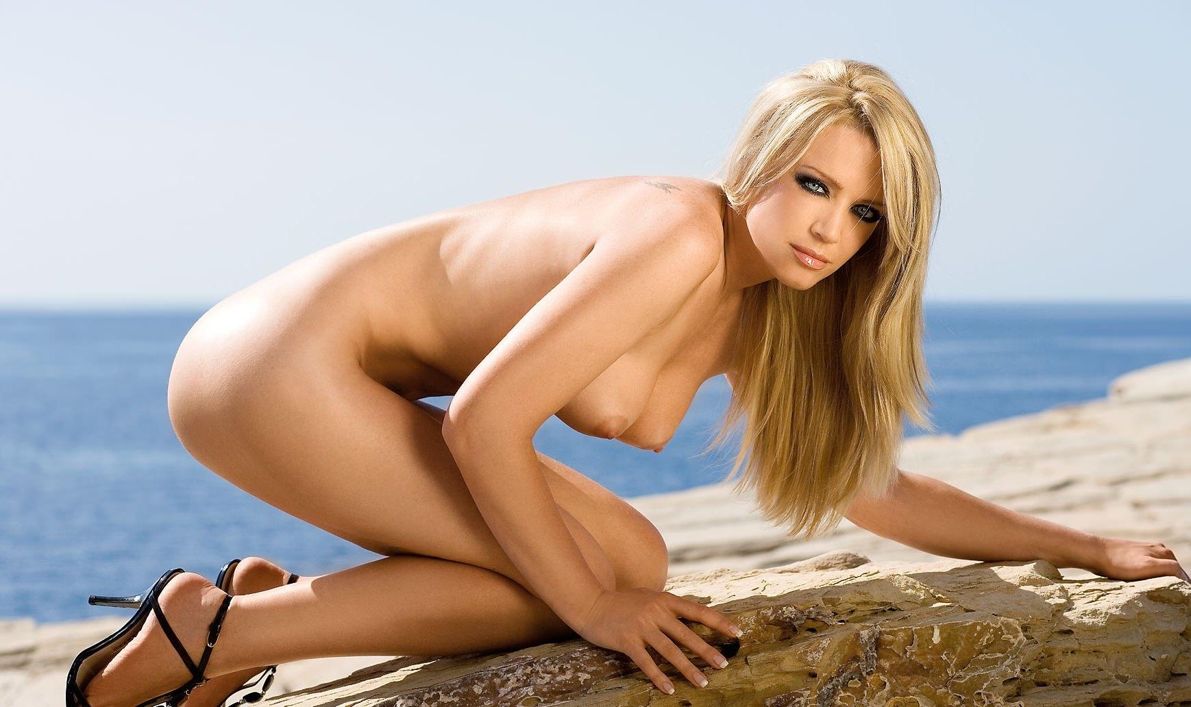Hilary duff nude fakes porn