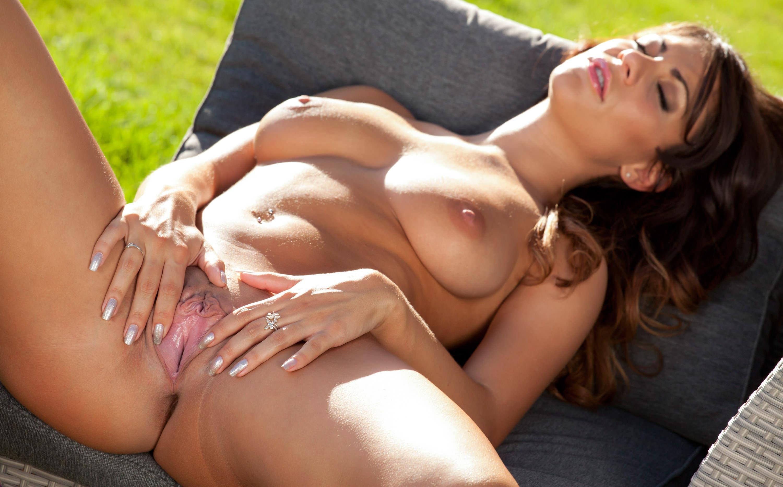 Whitney houston naked pussy