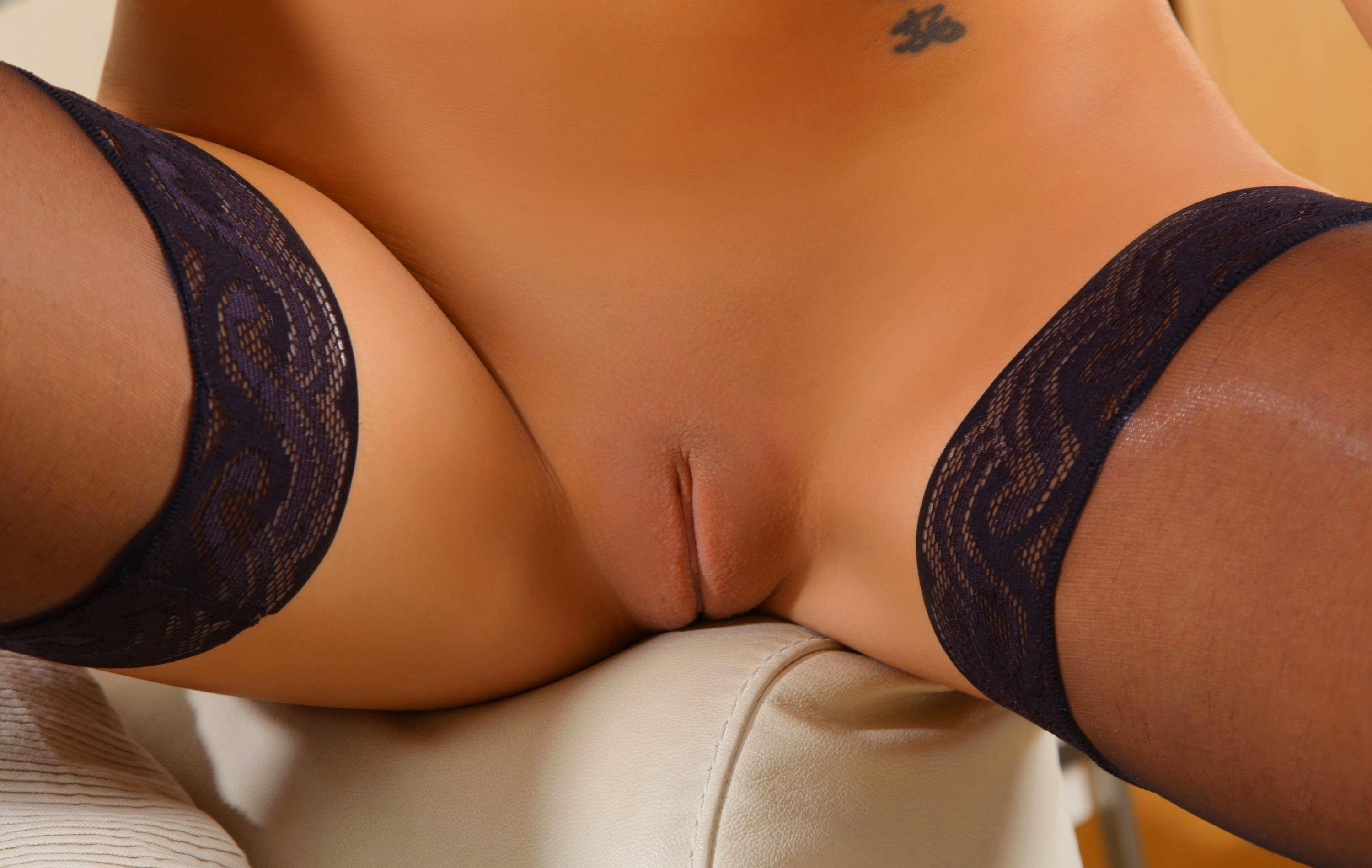 Lingerie pictures and black pussy porn