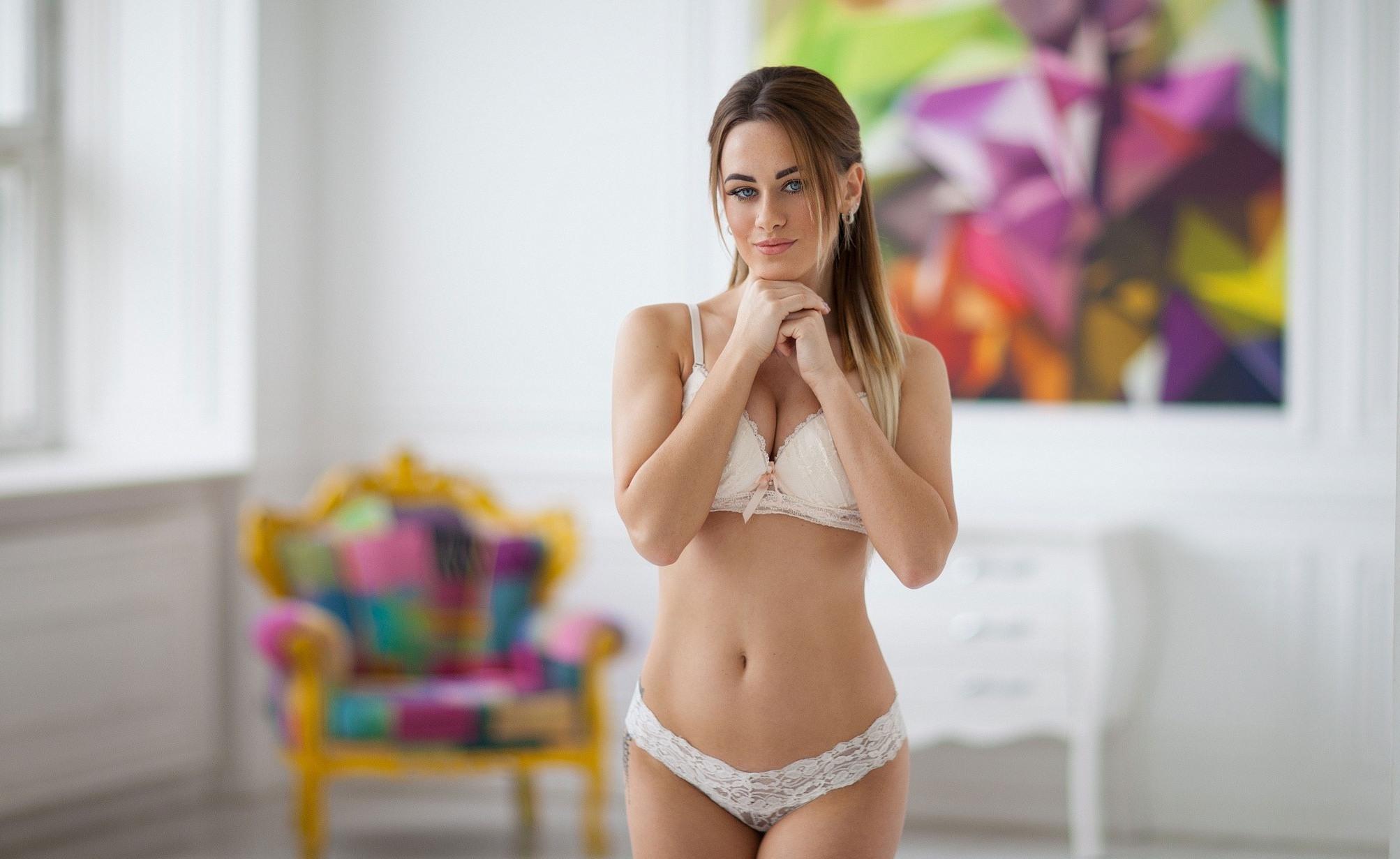 скачать порно фото в белых трусиках
