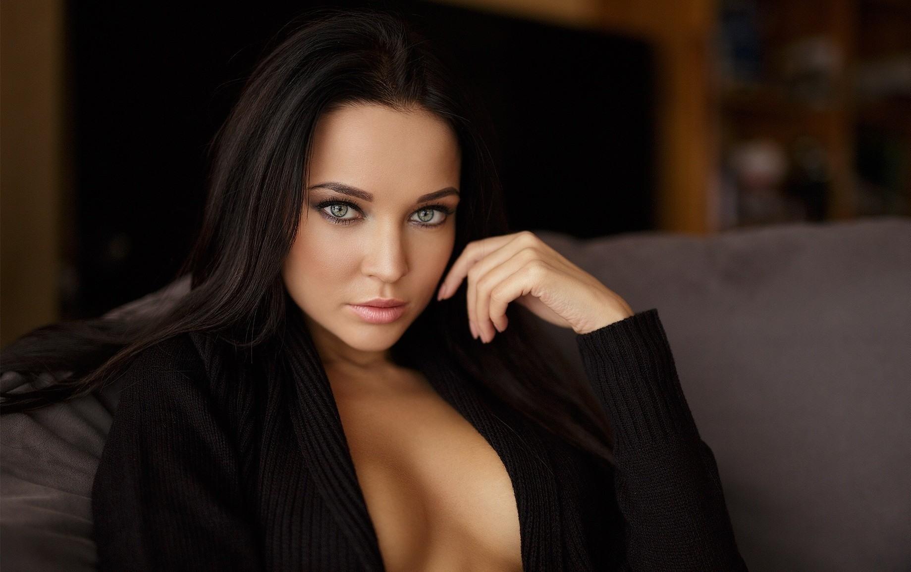 Эротическое белье голые девушки  фото эротического
