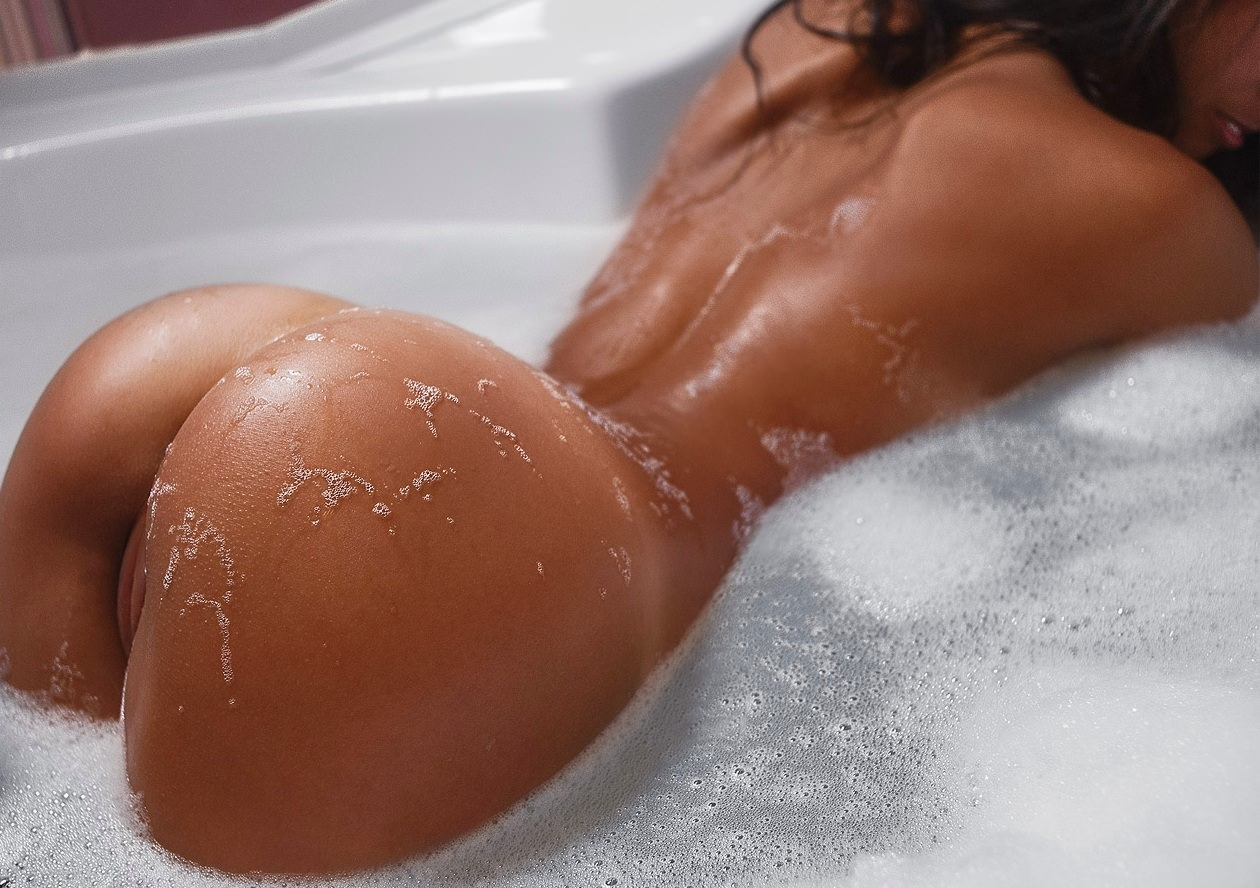 Bhabhi hot sexy big ass