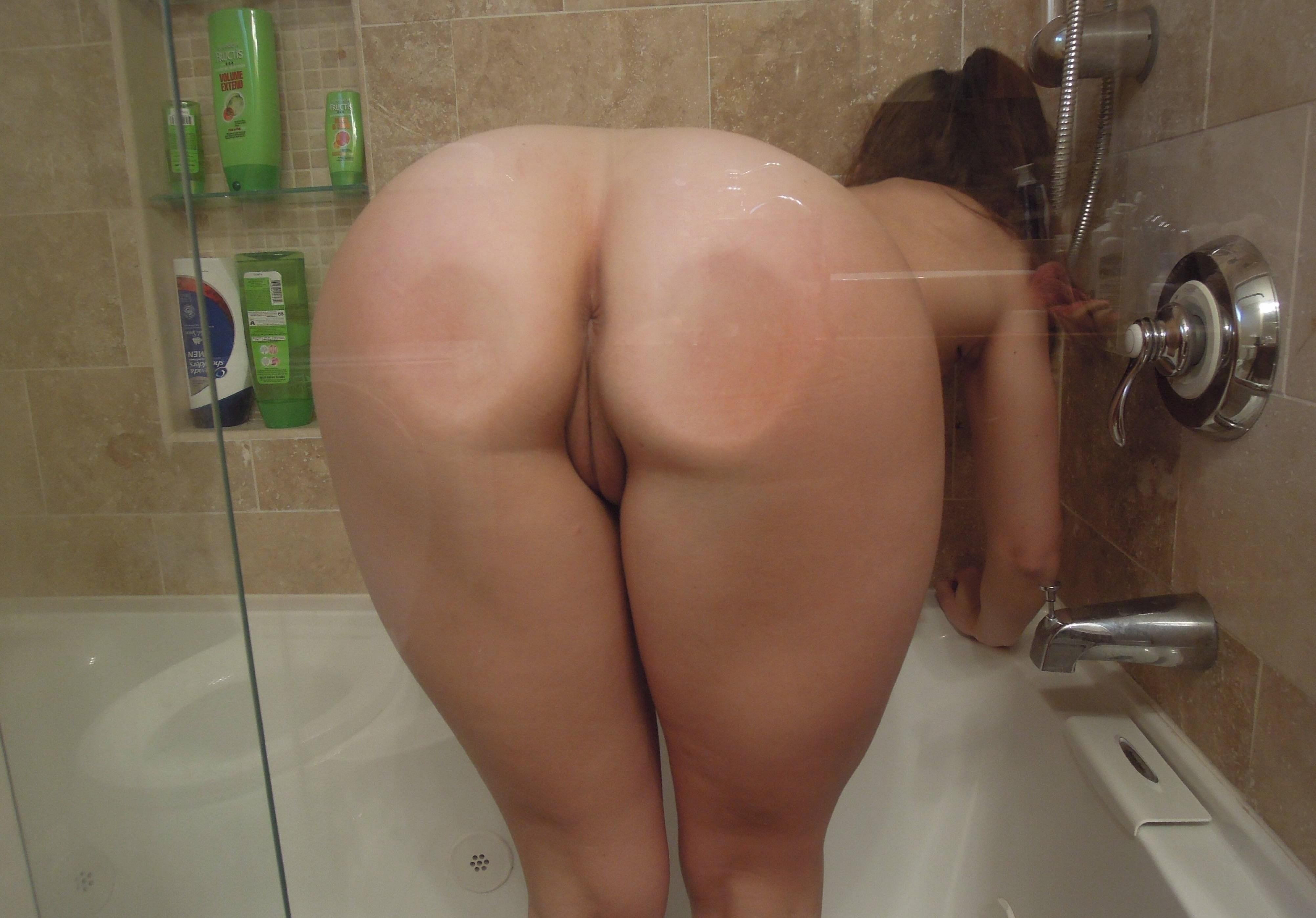 Naked big booty girls in the shower