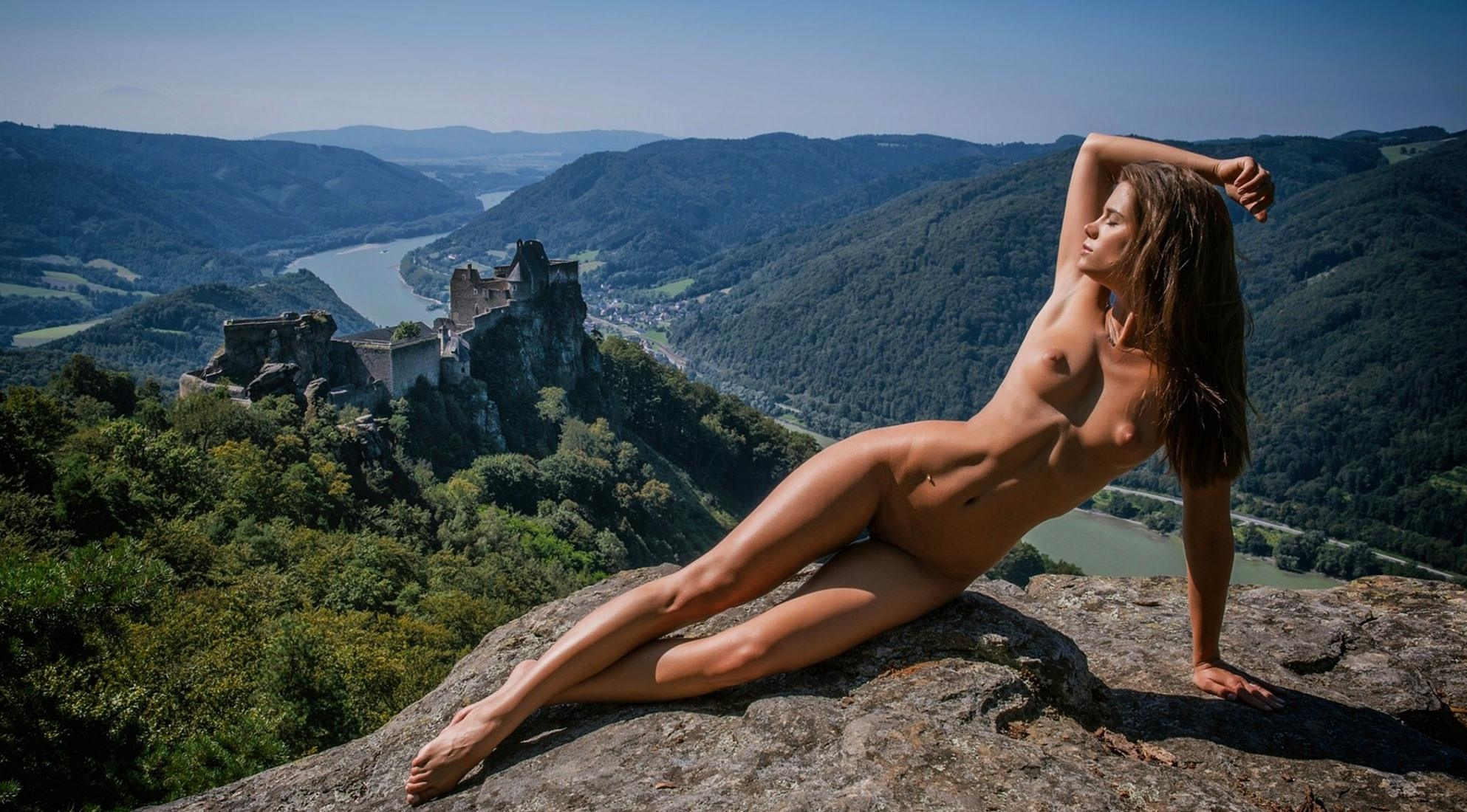Angelique Rock Of Love Girl Nude