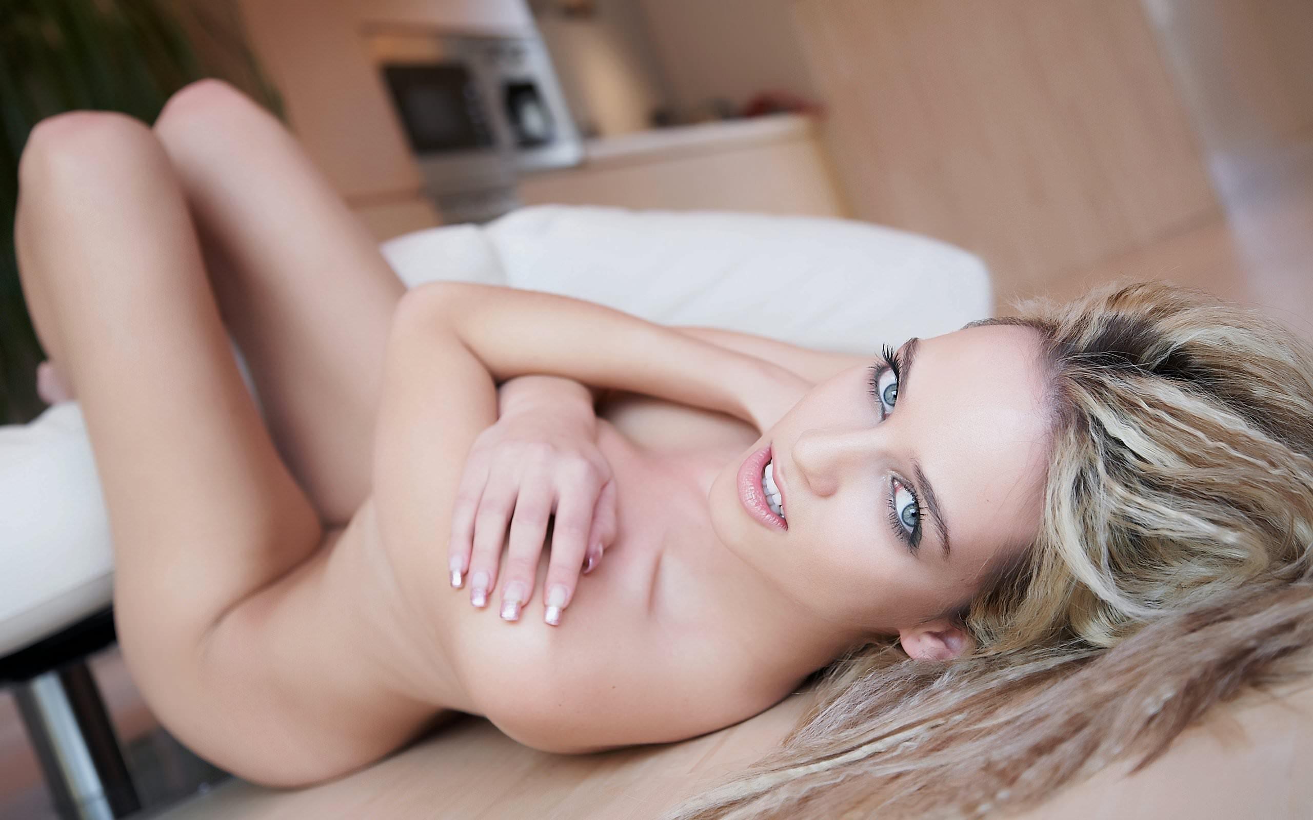 Blonde erotic stories