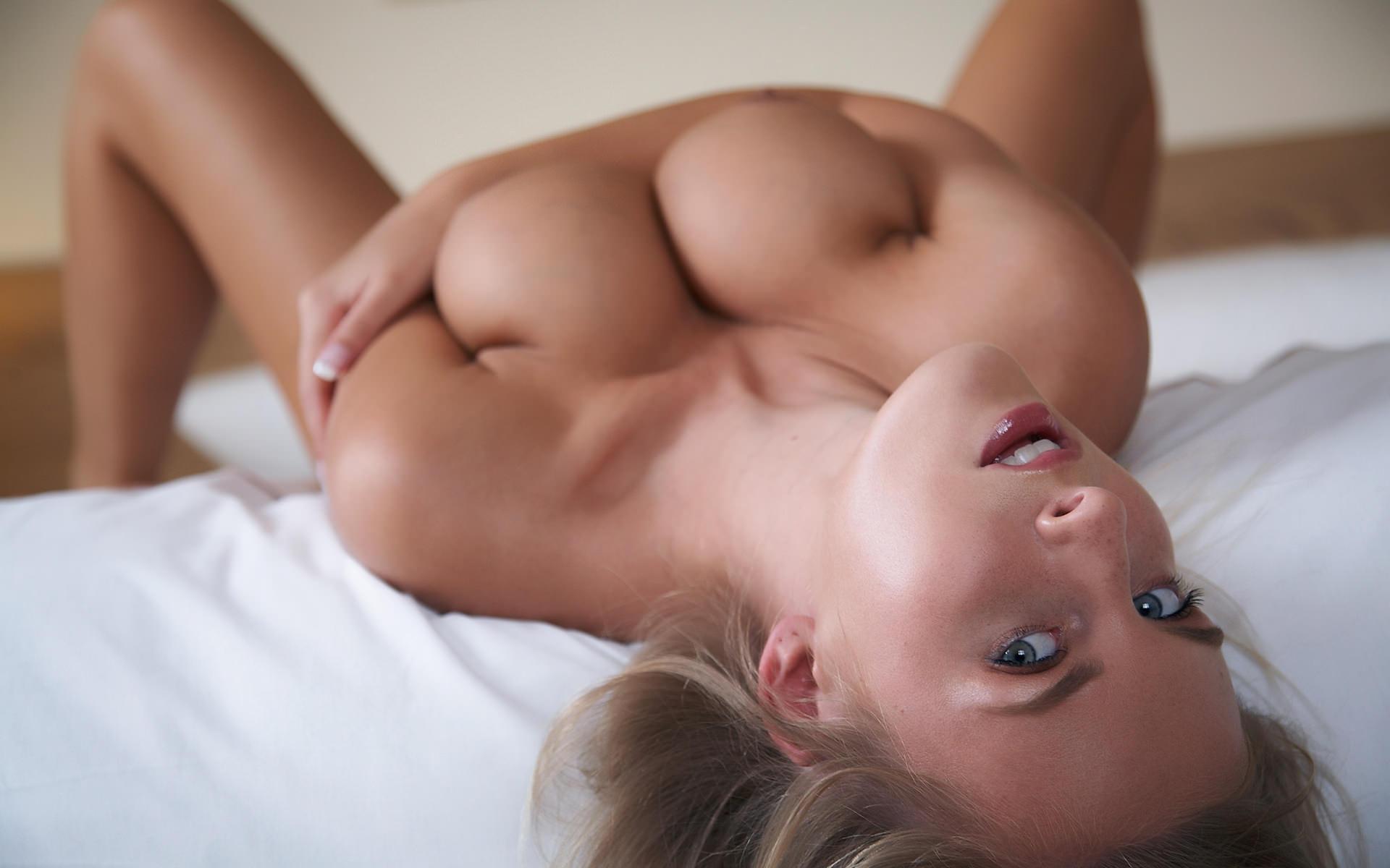 Perfect Breasts Blowjob