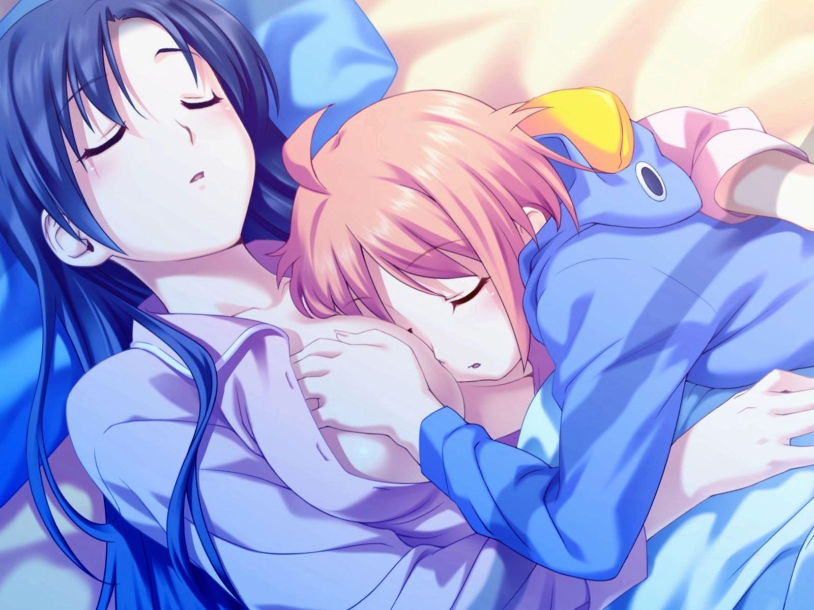 Фото Девчонка уснула на голой груди старшей подруги, спит на сиськах, скачать картинку бесплатно