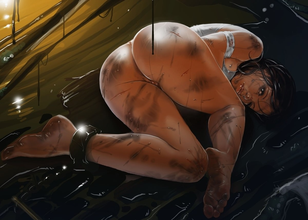 Фото Грязная голая девушка, изнасилованная пленница в оковах, сочная попа, скачать картинку бесплатно
