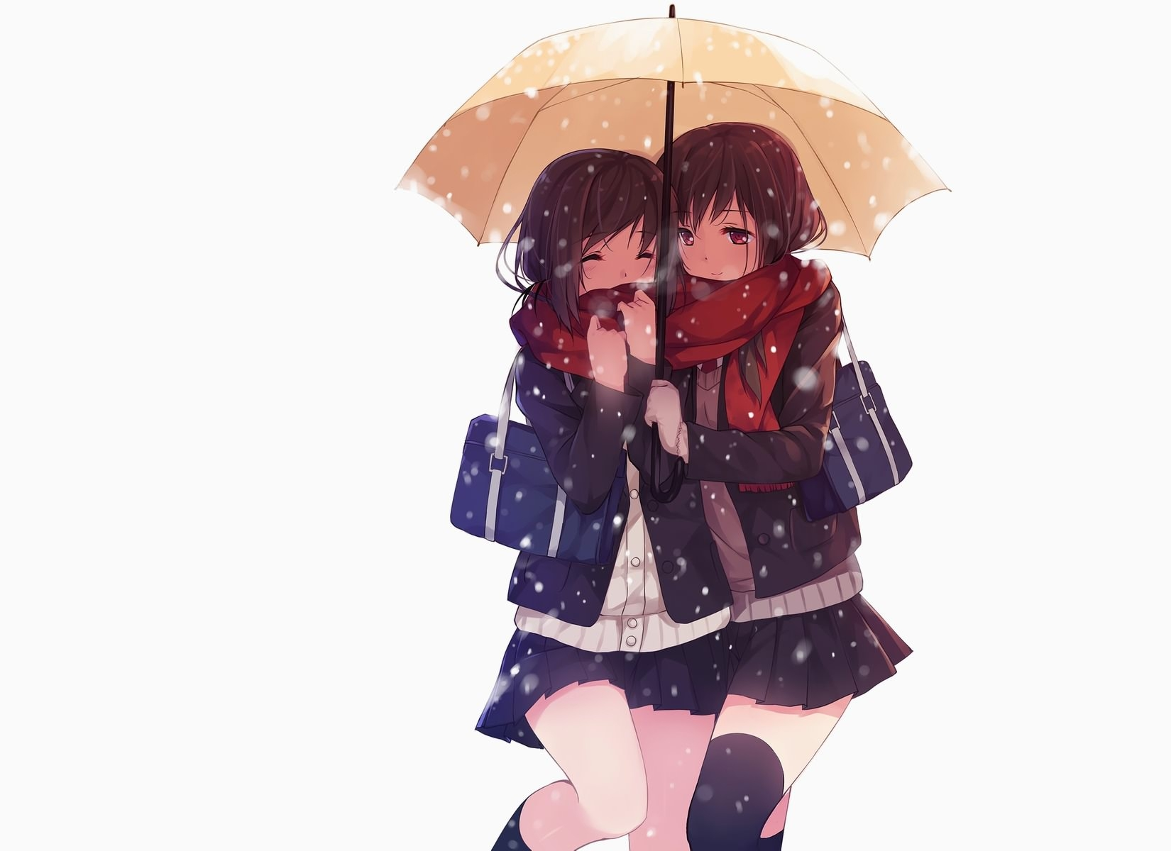 Фото Две девушки в красных шарфах возвращаются со школы под зонтом, скачать картинку бесплатно