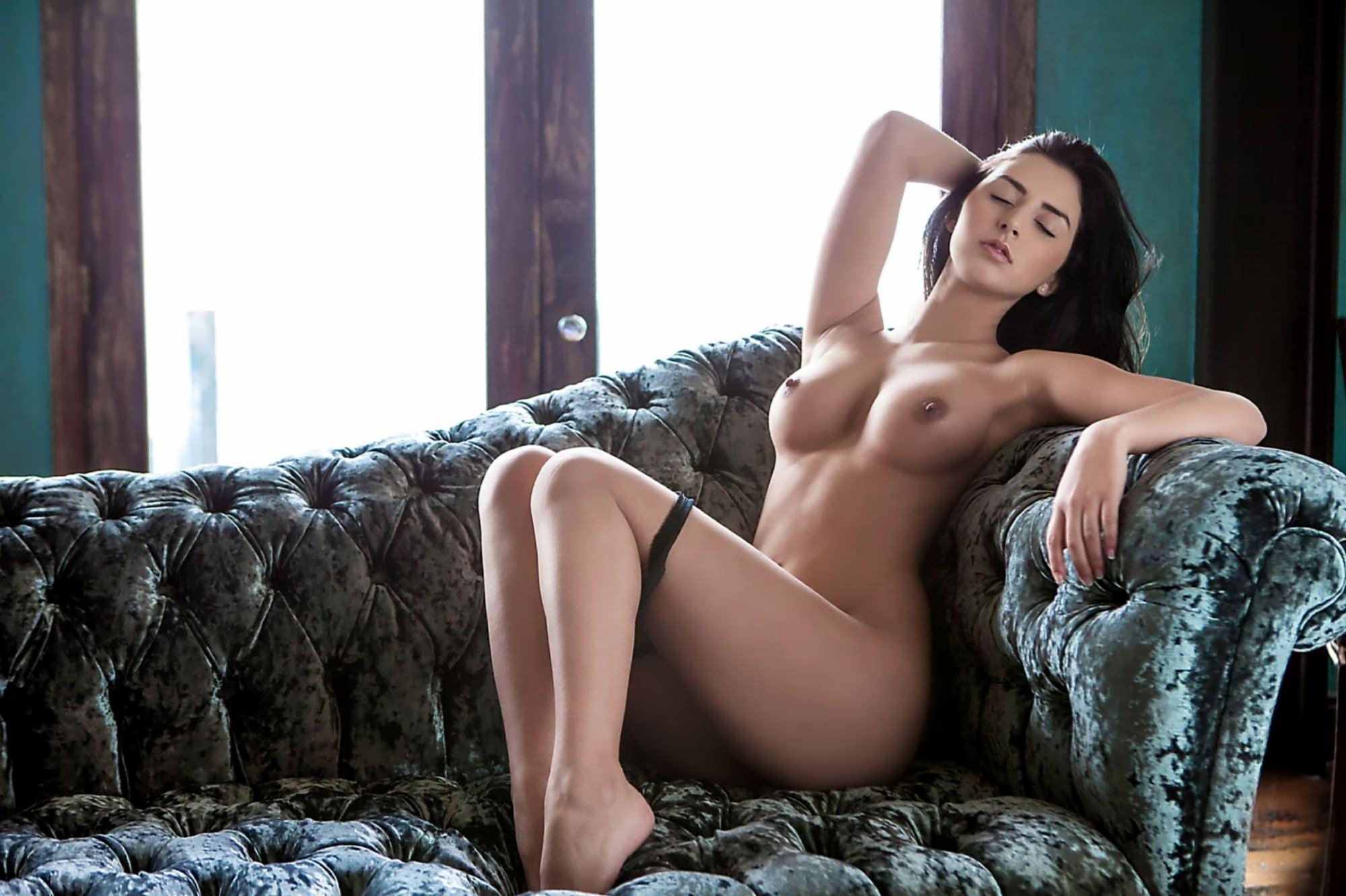 Why You'll Never Get A Kardashian Bum Doing Squats