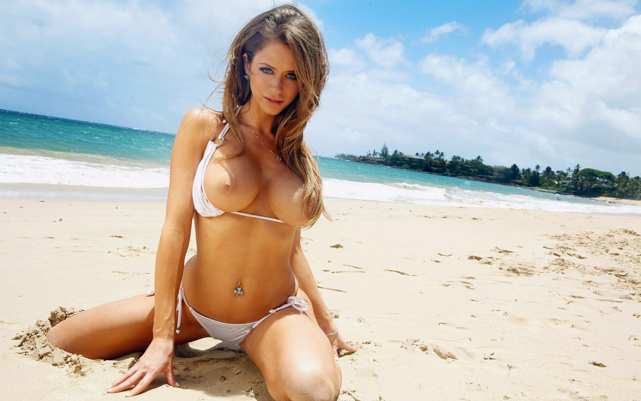Erotic girl pictures