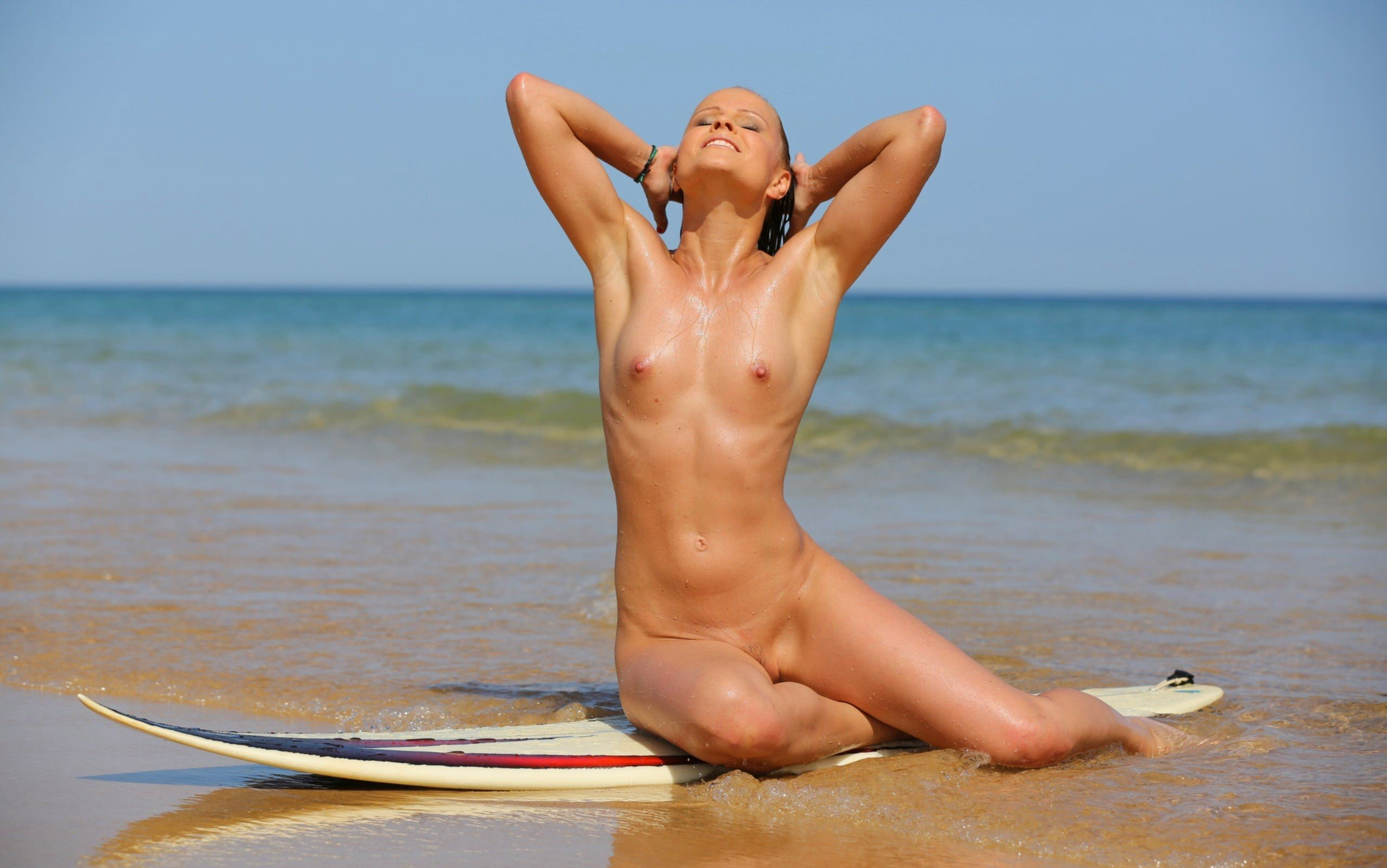 Felicity palmateer releases nude surfing art image skin deep