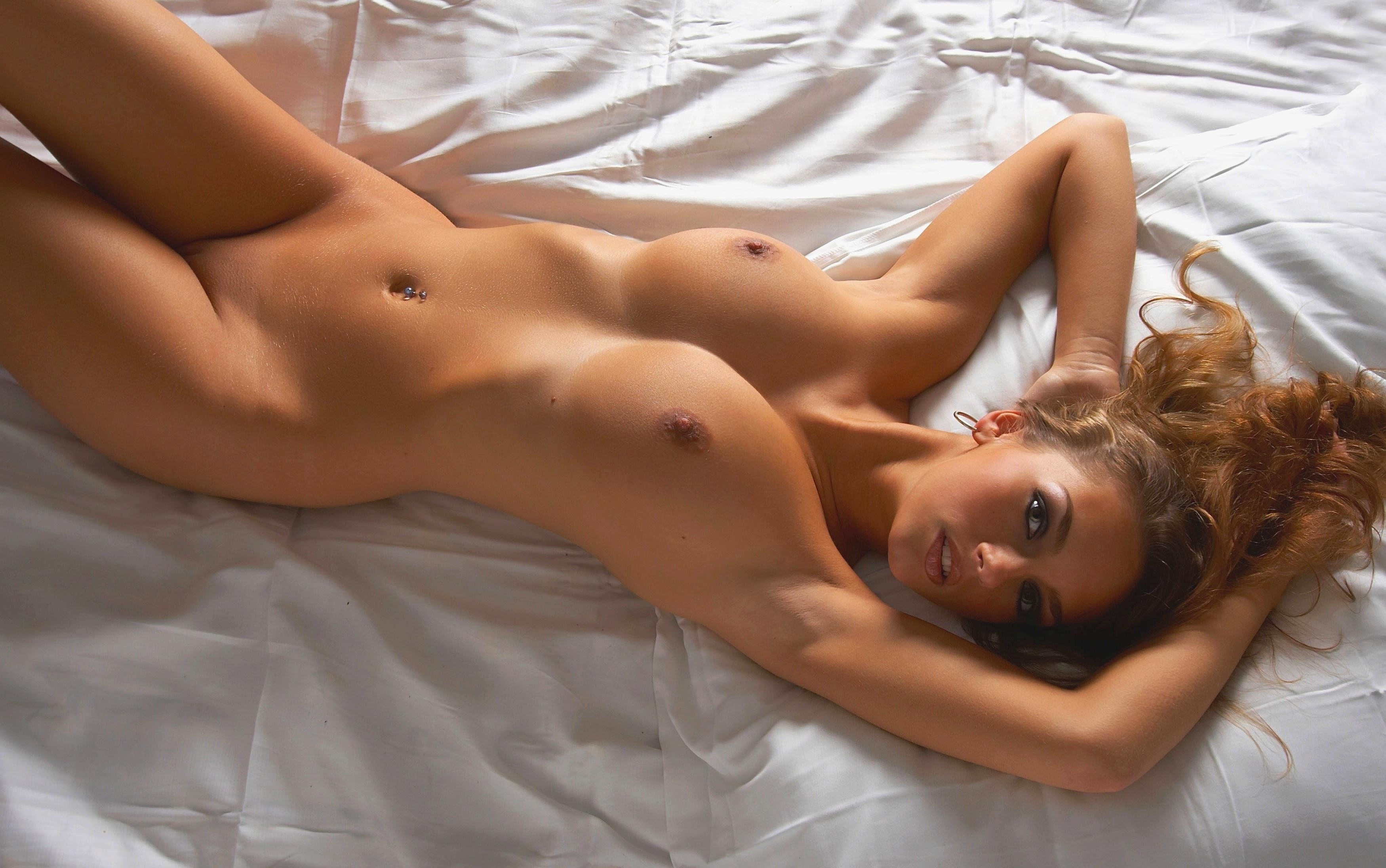 Beautiful nude female models