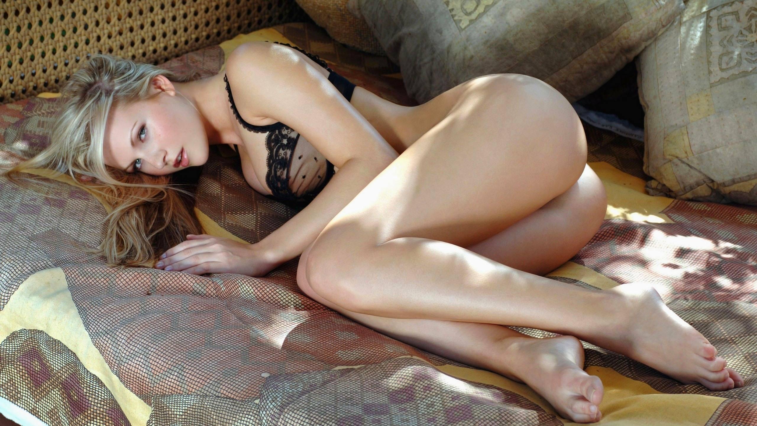 Naked Russian Girl Pics
